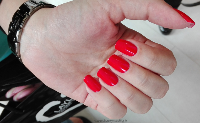 Layla No Lamp Gel Polish 09 Live Red - Unghie della carismatica The Red Francesca
